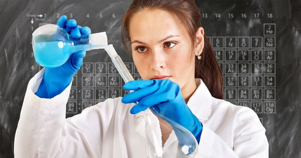 ciencia-docendo-discitur-mujer